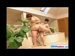 Plump Fat Woman fucks and sucks in a tub