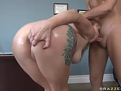 Adrianna Nicole Gets Her Big Ass Oiled Up For Anal Sex With Big cock